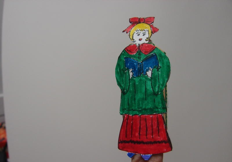 Christmas caroler finger puppet craft