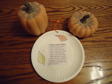 fall crafts, fall paper plate crafts, fall printable templates, fall sunday school crafts, church house crafts